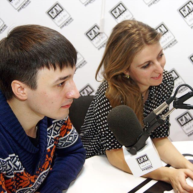 Не спрашивайте, как мы оказались на лучшей радиостанции города Казань - БИМ радио. Лучше просто порадуйтесь за нас. Спасибо очаровательной ...