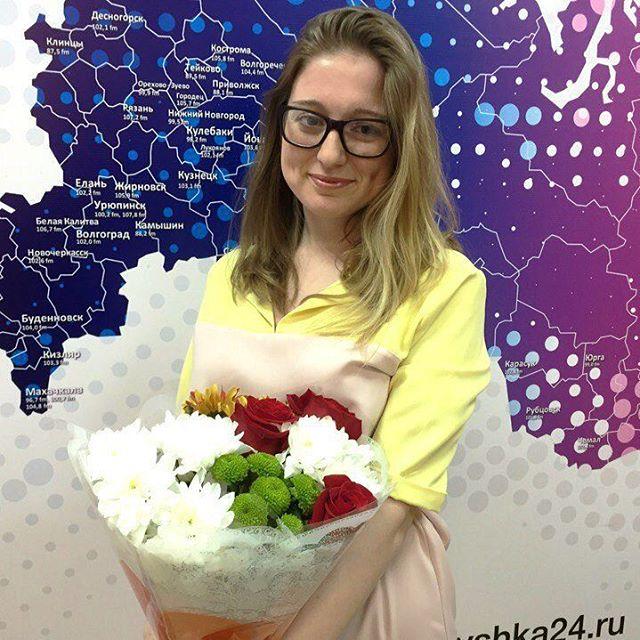 Сегодня день рождения отмечает выпускающий редактор радио Вышка Анастасия Сидорова.  Каждый день мимо неё проходят сотни новостей, она обрабатывает десятки ...