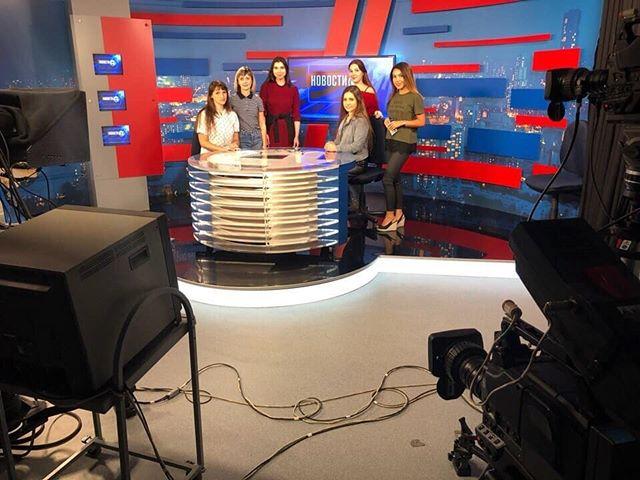 На днях у наших учащихся по ТВ-направлению прошло сразу 2 мастер-класса на 4 канале! Они увидели как делается телевидение в ...