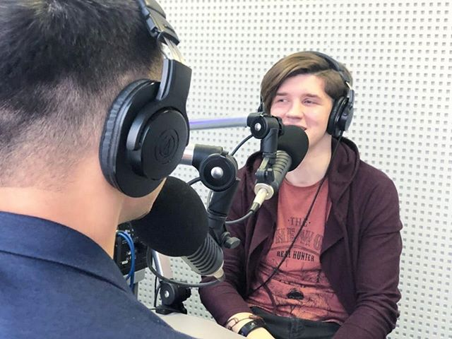 """Хочешь освоить крутую профессию? Давно мечтаешь о работе на радио и ТВ? Скорее записывайся на кастинг курса радиоведущих """"Радиостарт"""" в ..."""